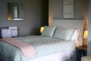 Eleanor Gorrie B & B, Отели типа «постель и завтрак»  Нельсон - big - 4