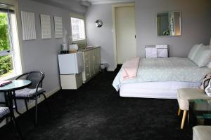 Eleanor Gorrie B & B, Bed and Breakfasts  Nelson - big - 2