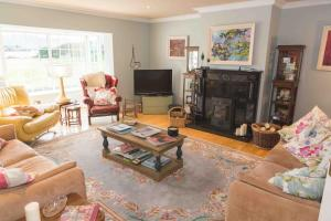 Fiuise B&B, Bed and Breakfasts  Dingle - big - 53