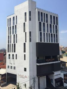 Golden Pier City Hotel - Colombo
