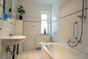 Villa Malve Wohnung 05, Ferienwohnungen  Bansin - big - 3