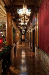 Grand Hotel Plaza (14 of 59)