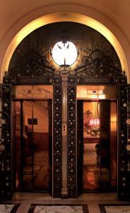 Grand Hotel Plaza (12 of 59)