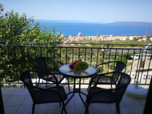 Holiday House -Apartment -ANE -, 21300 Makarska