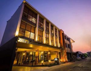 Villa Rassada Nakorn Lampang, Penzióny - Lampang