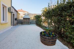 Apartment Chivas, Appartamenti  Kaštela (Castelli) - big - 89