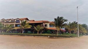Porto Antigo 2 BeachFront, Apartments  Santa Maria - big - 7