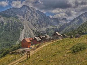 Holiday Home Komovi Katun - Theth