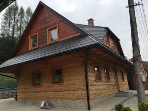 Chata pri kaplnke - Biela