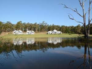 Brokenback Views 4br House, Holiday homes  Pokolbin - big - 35