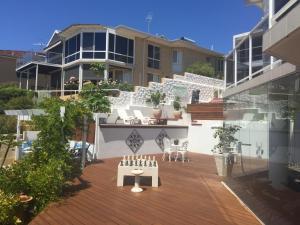 Villa Deville, Apartmanok  Dawesville - big - 35