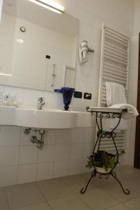 Hotel Il Maglio, Hotel  Imola - big - 50