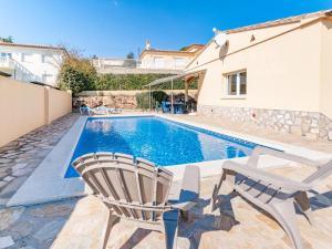 Villa Rolando, Holiday homes  L'Escala - big - 12