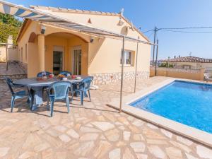 Villa Rolando, Holiday homes  L'Escala - big - 34