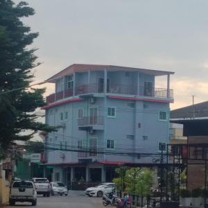 Capones Hotel Restaurant and Bar - Hnōhngkē