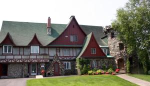 The Castle Inn - Woodstock