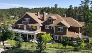Summer Creek Inn - Accommodation - Rapid City