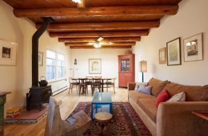 245 Rael Road Home, Prázdninové domy  Santa Fe - big - 1