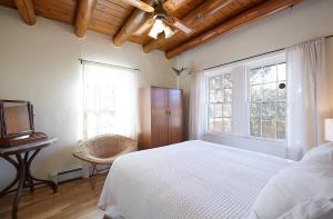 245 Rael Road Home, Case vacanze  Santa Fe - big - 11