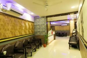 OYO 6646 Hotel Tanvi Grand, Szállodák  Visákhapatnam - big - 12