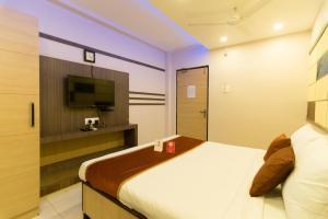 OYO 6646 Hotel Tanvi Grand, Szállodák  Visákhapatnam - big - 20