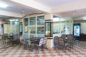 OYO 6646 Hotel Tanvi Grand, Szállodák  Visákhapatnam - big - 15