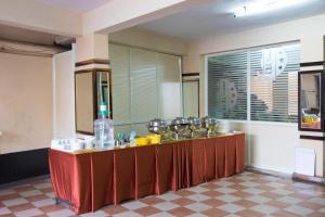 OYO 6646 Hotel Tanvi Grand, Szállodák  Visákhapatnam - big - 14