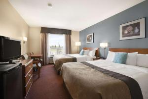 Super 8 by Wyndham Whitecourt, Szállodák  Whitecourt - big - 24