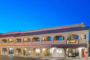 Super 8 by Wyndham Las Vegas Nellis AFB Area
