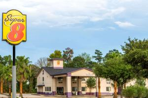 Super 8 by Wyndham Cleveland TX - Shepherd