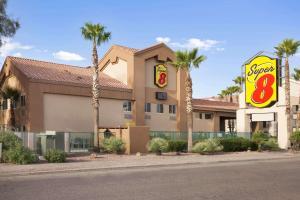 Super 8 by Wyndham Marana/Tucson Area - Nelson