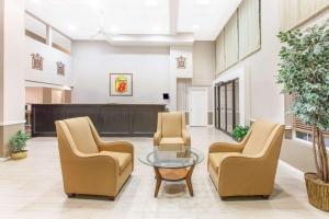 Super 8 by Wyndham Oklahoma City, Hotel  Oklahoma City - big - 42