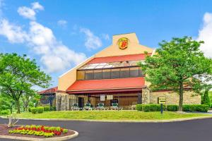 Super 8 by Wyndham Fort Mitchell Cincinnati Area - Stringtown