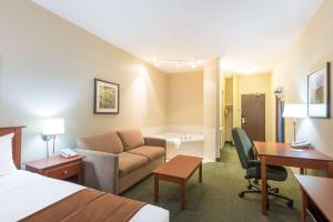 Super 8 by Wyndham Windsor NS, Hotels  Windsor - big - 23