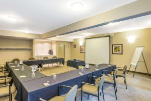 Super 8 by Wyndham Windsor NS, Hotels  Windsor - big - 18