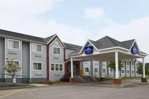Microtel Inn & Suites by Wyndham Syracuse Baldwinsville