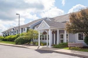 Microtel Inn&Suites Springville - Hotel