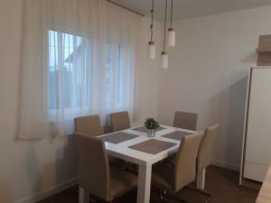 Apartment Oranice - Ivanec Bistranski