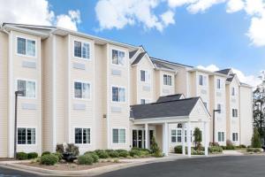 Microtel Inn & Suites by Wyndham Ozark