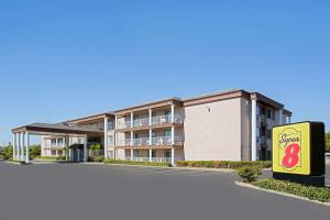 Super 8 by Wyndham Oroville - Oroville