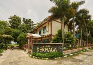 Auberges de jeunesse - Wisma Dermaga