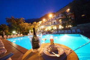 Hotel Alpi, Szállodák  Malcesine - big - 22