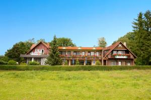 Land-gut-Hotel Landhaus Heidehof - Bad Bodenteich