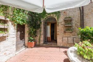 Appartamenti turistici Vicolo S. Chiara, Apartmanok  Sassoferrato - big - 30