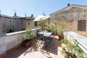 Appartamenti turistici Vicolo S. Chiara, Apartmanok  Sassoferrato - big - 9