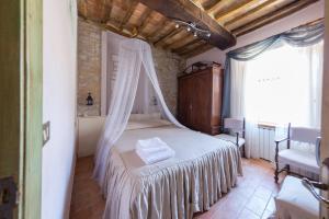 Appartamenti turistici Vicolo S. Chiara, Apartmanok  Sassoferrato - big - 14