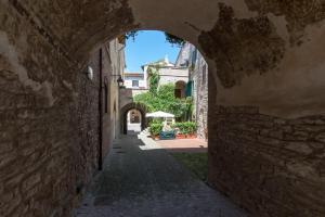 Appartamenti turistici Vicolo S. Chiara, Apartmanok  Sassoferrato - big - 7