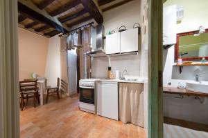 Appartamenti turistici Vicolo S. Chiara, Apartmanok  Sassoferrato - big - 26
