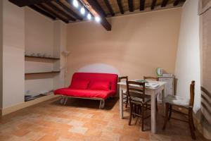 Appartamenti turistici Vicolo S. Chiara, Apartmanok  Sassoferrato - big - 20