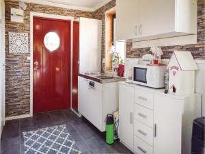 One-Bedroom Holiday Home in Sommen, Nyaralók  Sommen - big - 14